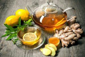 Очищающий напиток с лимоном и шиповником
